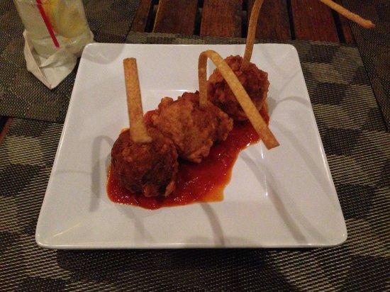 La Playita Restaurant & Bar: Croquetas de bacalao