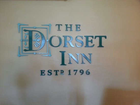 The Dorset Inn: Behind the desk