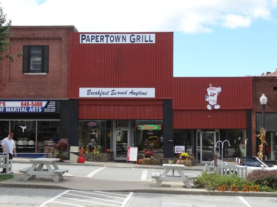 Papertown Grill Canton Nc