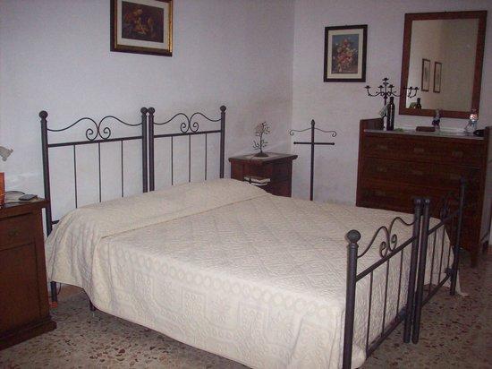 La casa di campagna del conte- stanza da letto