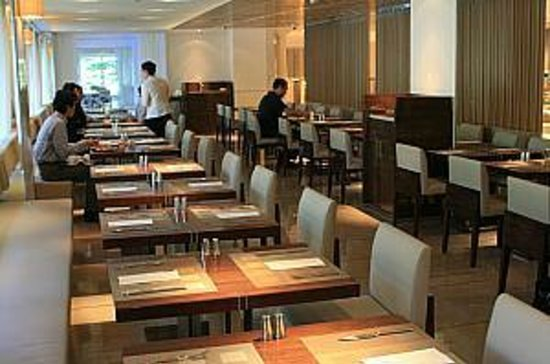 Hotel Royal-Nikko Taipei: 朝食レストラン