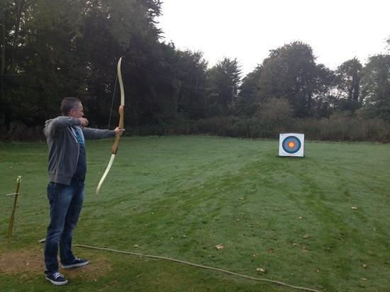 Warner Leisure Hotels Norton Grange Coastal Resort: archery