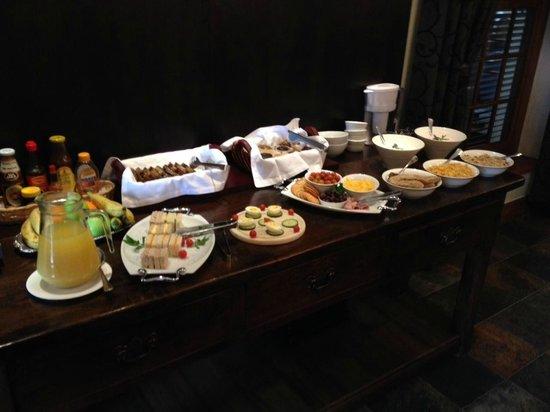 5 Seasons Guesthouse : Breakfast