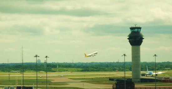 Radisson Blu Hotel, Manchester Airport : View From Room.