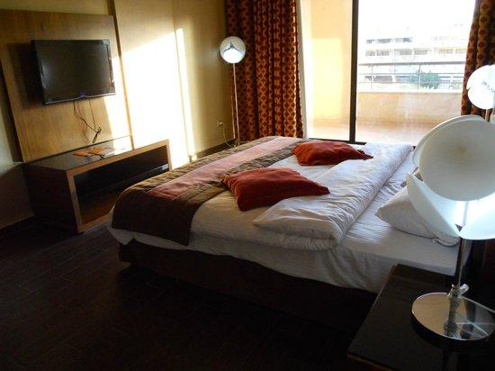 Days Hotel Aqaba: habitación