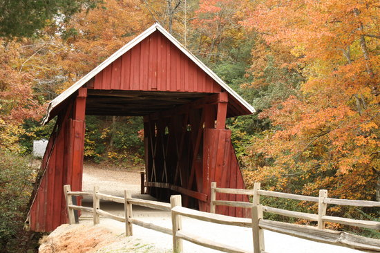 Landrum, Carolina del Sur: Campbells Bridge in the Fall