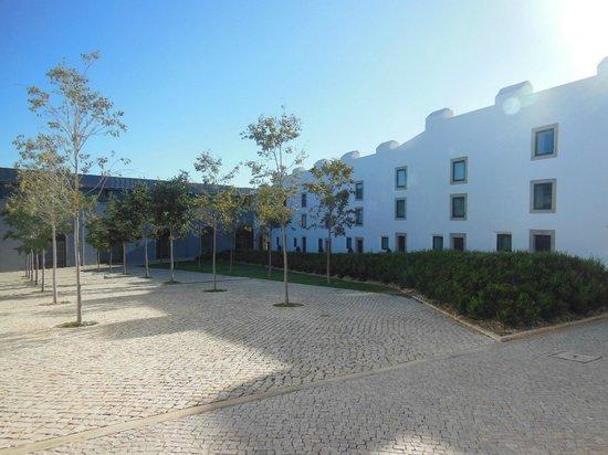 Pestana Cidadela Cascais : Modernes Gebäude mit den Zimmern