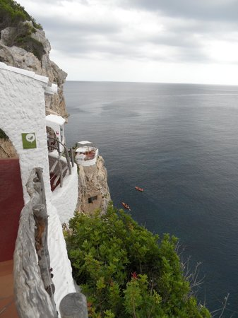 Cova d'en Xoroi: Amazing location