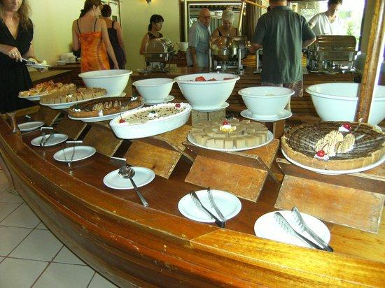Biyadhoo Island Resort: buffet di dolci