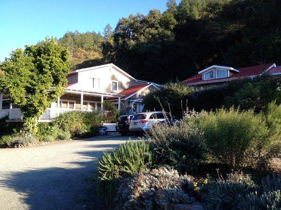 Meadowlark Country House: main house