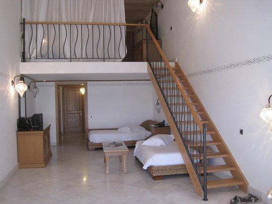 Mitsis Blue Domes Resort & Spa : Family room