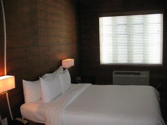 Cardozo Hotel: La nostra stanza - lato vicolo