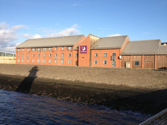 Premier Inn Edinburgh Leith Waterfront Hotel: View of hotel from the lighthouse