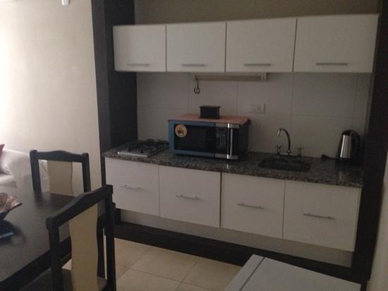 Yreta Apart: kitchen