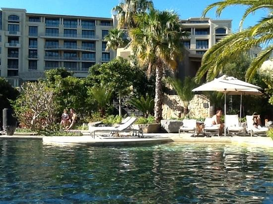 One&Only Cape Town: Swimming pool area