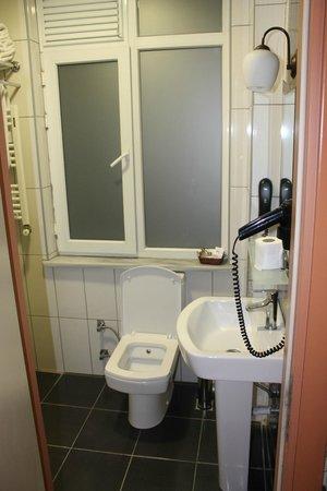 Old City Viva Hotel: Bathroom