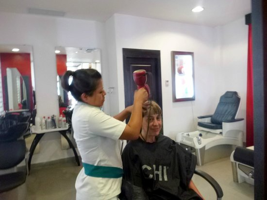 Sandos Playacar Beach Resort : peluqueria
