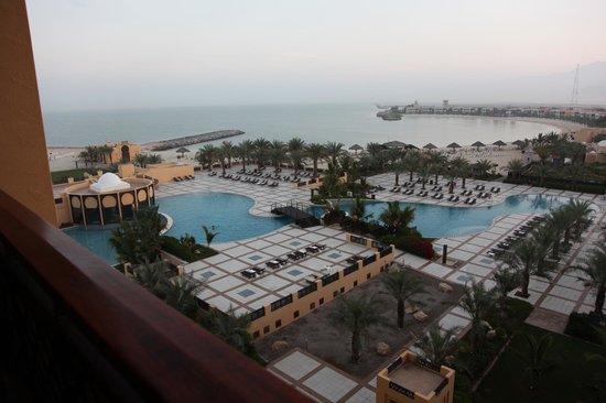 Hilton Ras Al Khaimah Resort & Spa : Swimming Pool