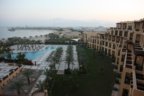 Hilton Ras Al Khaimah Resort & Spa: Swimming Pool