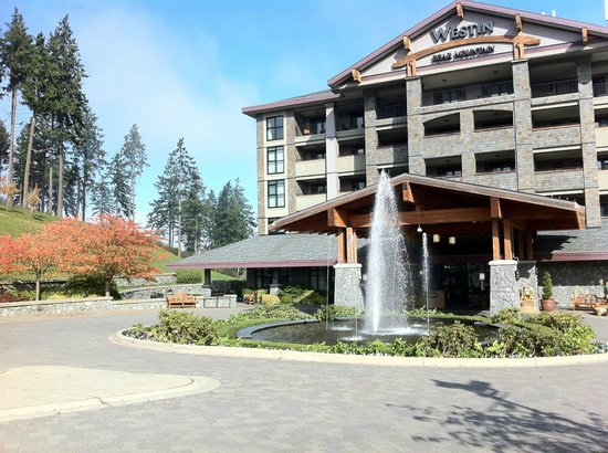 Westin Bear Mountain Victoria Golf Resort & Spa : Front of Hotel Main Building