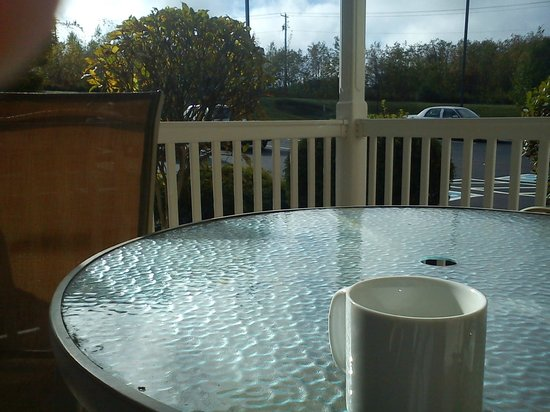 Country Inn & Suites By Carlson, Frackville (Pottsville): outside the breakfast area whcih was nice