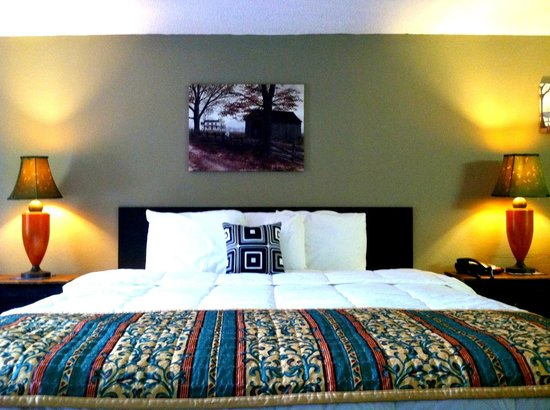 Country Town N' Suites: Cozy and comfortable!