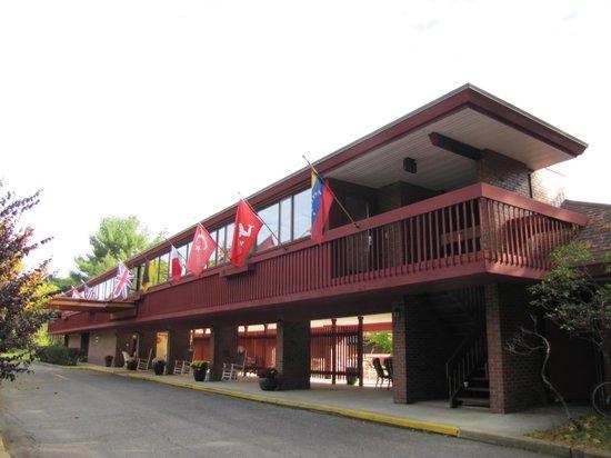 The Inn at Crumpin-Fox: vista da fuori