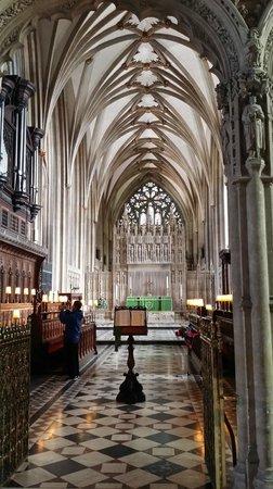 Bristol Cathedral: Stunning stone work