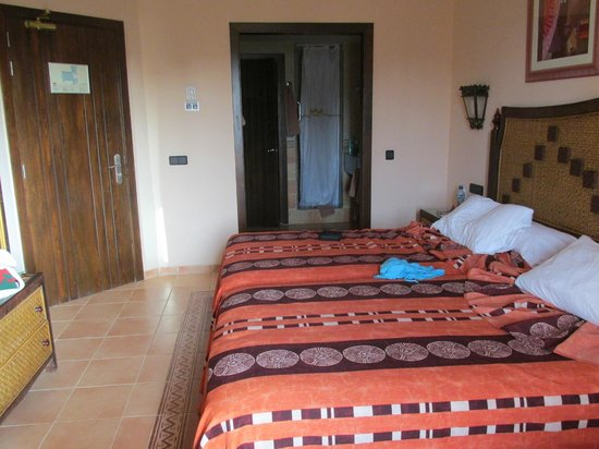 Hotel Riu Touareg: view looking in