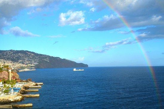 Pestana Palms : View towards Funchal