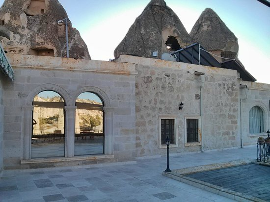 Goreme Suites Hotel: View of our room from the outside.