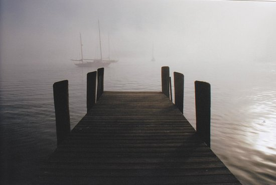 Griswold Inn: ESSEX DOCK DOWN THE STREET FROM INN MORNING FOG
