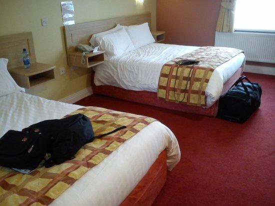 The Harbour Inn: bedroom1