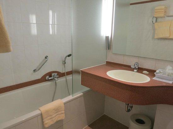 Anselmus Hotel: Salle de bains