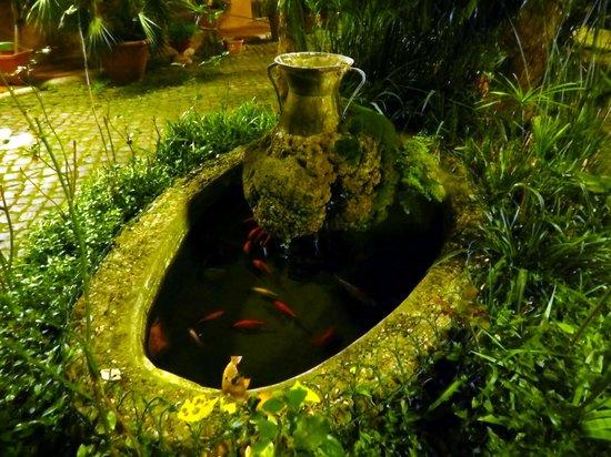 Hotel Maryelen: The garden