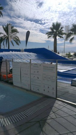 Sol Wave House Hotel: The flowrider. Get on it it's awesome
