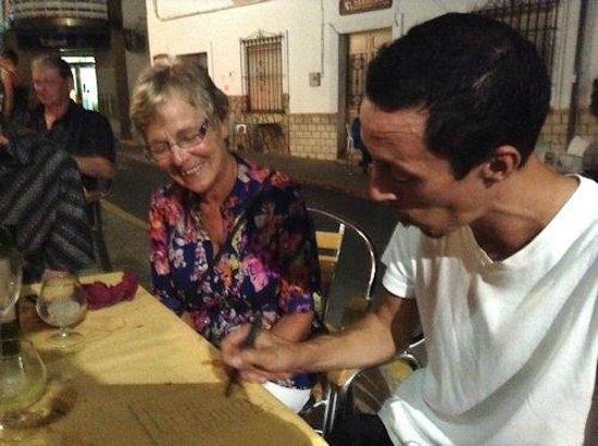 Restaurante El Ventorrillero: Luis preparing the bill...