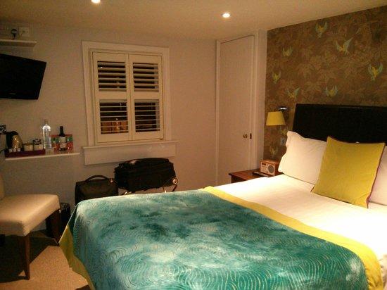 Harington's City Hotel: room