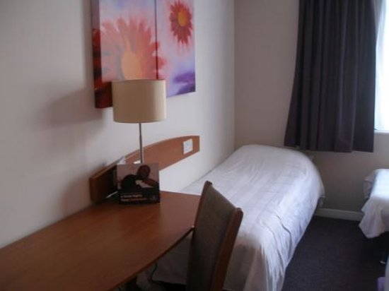 Premier Inn Inverness West Hotel : Zimmer im Premier Inn Inverness West
