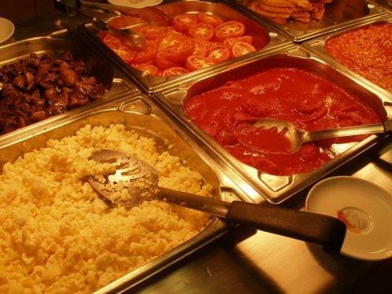 Premier Inn Inverness West Hotel: Frühstück im Premier Inn Inverness West