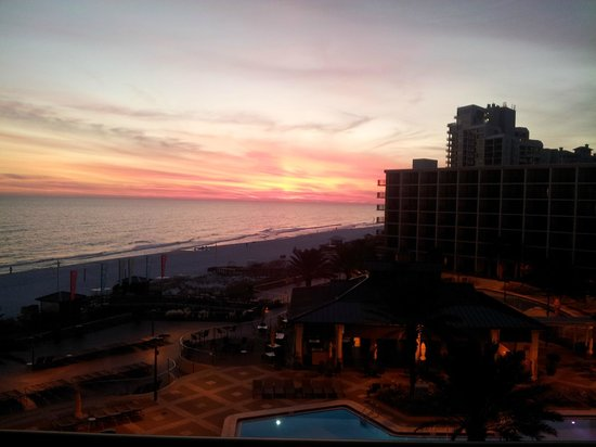 Hilton Sandestin Beach, Golf Resort & Spa: Sunset view from my room