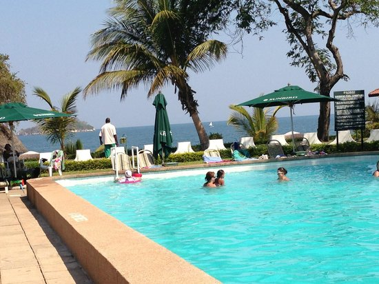 Sunbird Livingstonia Beach : Pool