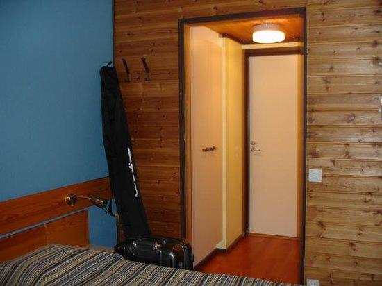 Hotel Vuokatinhovi : Отделка - вагонка из натурального дерева