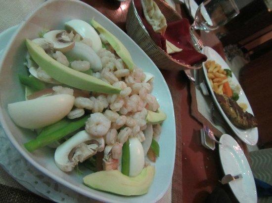 Mirfa Hotel: Dinner was pretty good!