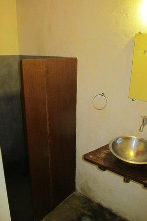Maresia-Atins: Banheiro