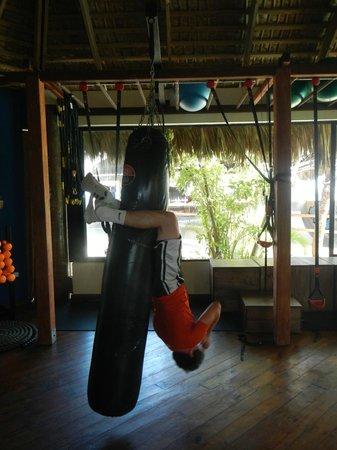 Zendo Fitness Cabarete: Hanging Abs