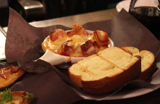The Olde Angel Inn: Scallops in bacon with melted cheese and brioche