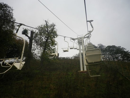 Dudley Zoo and Castle : Chair lift