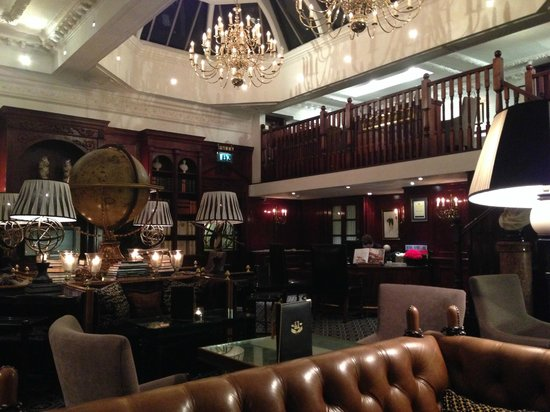 Hotel 41: Lounge