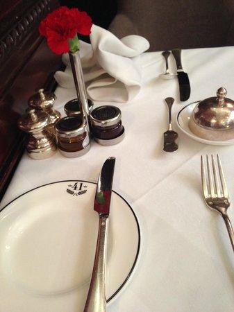 Hotel 41: Servicio impecable